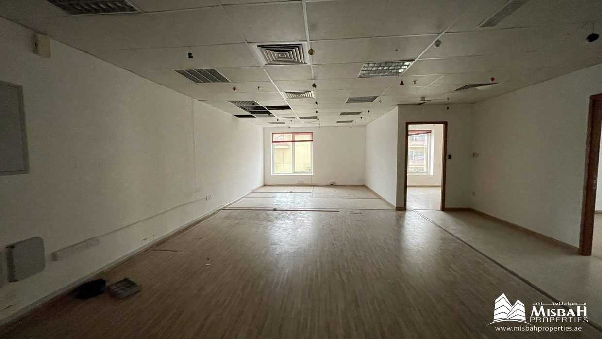 Fully Fitted Office @ AED 50/sq.ft, Free Chiller, Parking, 60 days Grace Period in Oud Metha