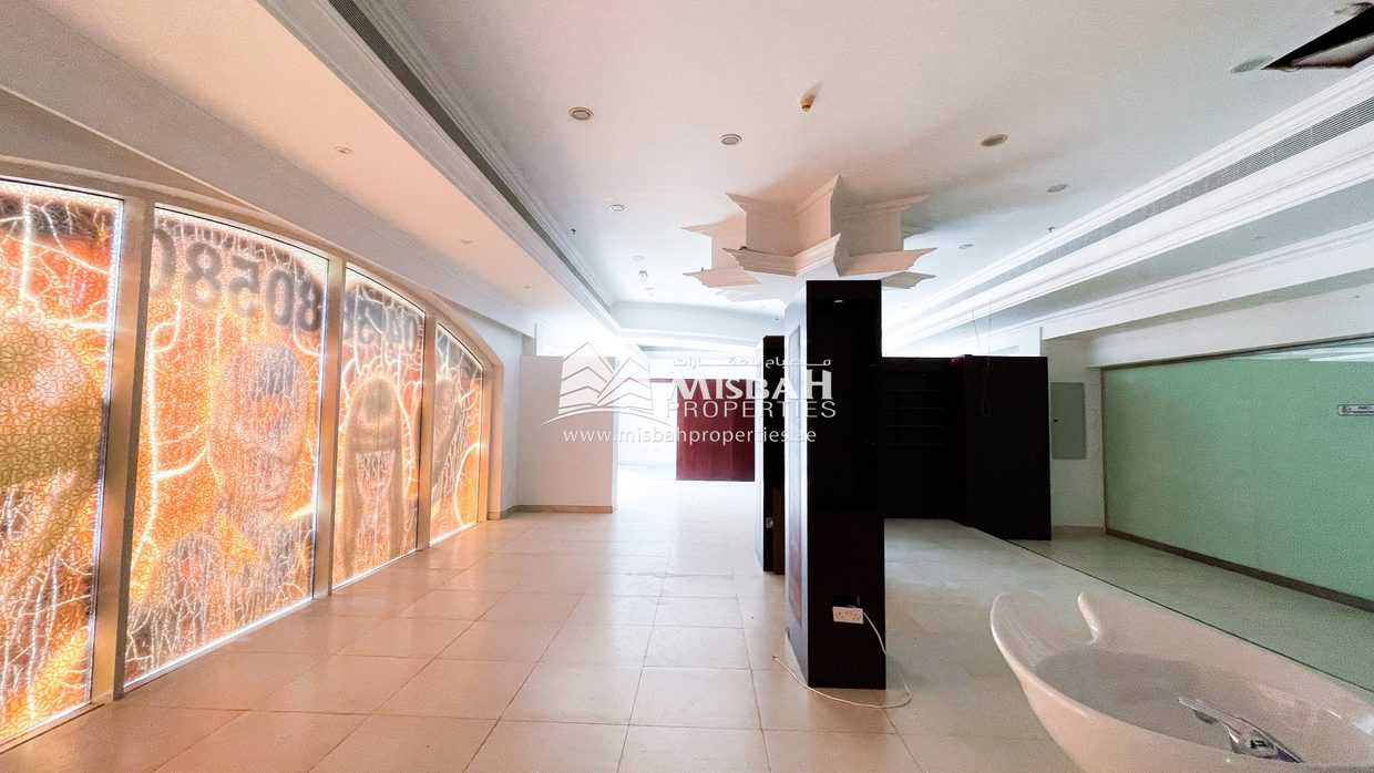 1,336 sq.ft. Retail space for Medical Center, Beauty Parlour, etc in Jumeriah 1