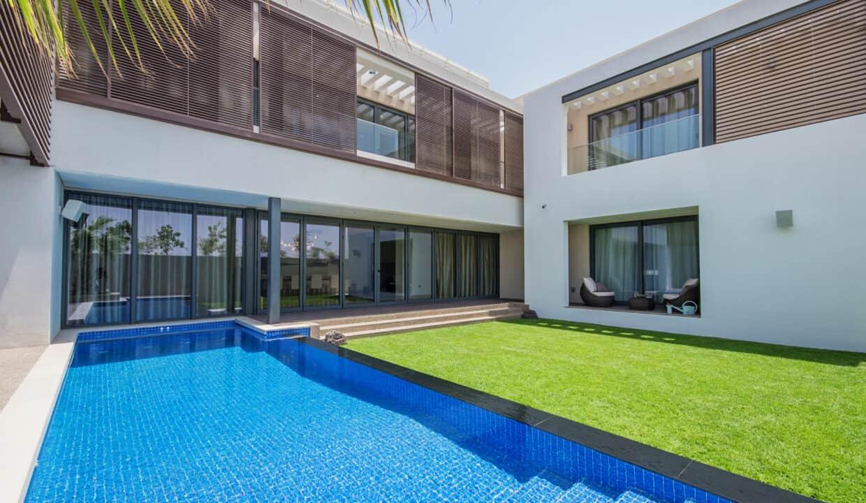5 bed room villa exterior  (8)