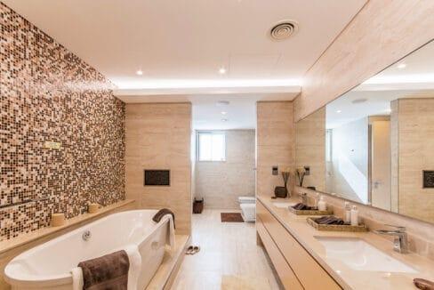 5 bedroom villa (17)
